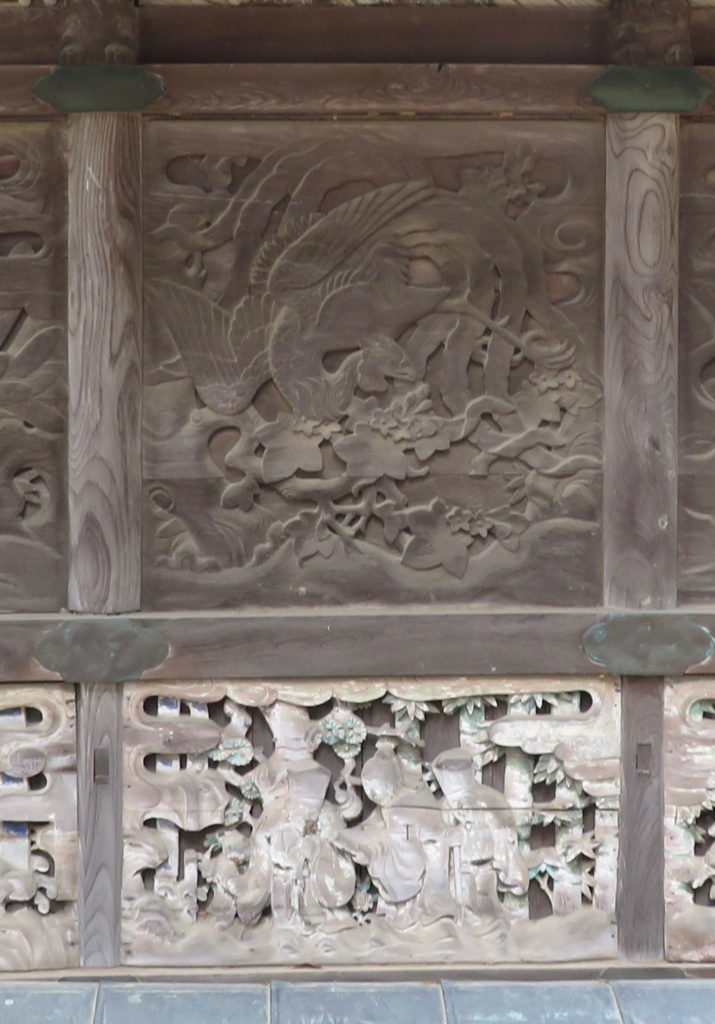 本殿東側羽目板写真