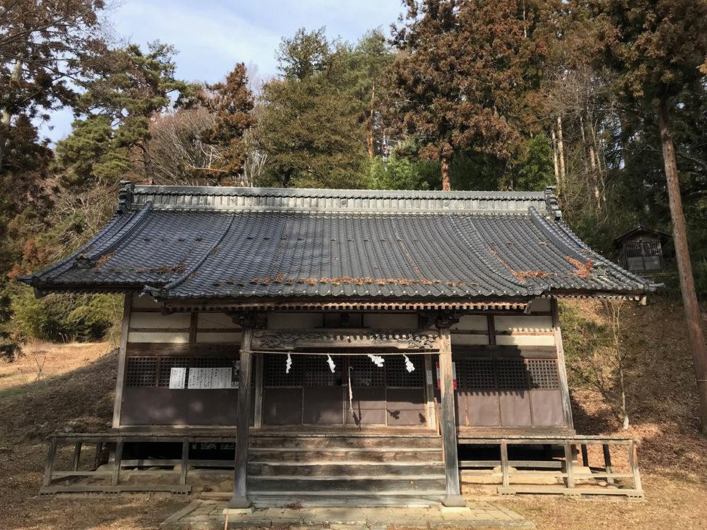 誉田足玉神社拝殿
