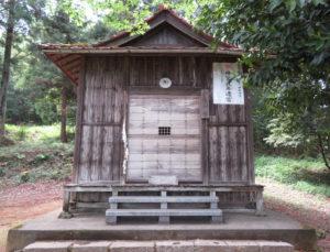 寺久保雷電神社拝殿