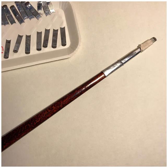 刺棒に針を装着した状態の写真