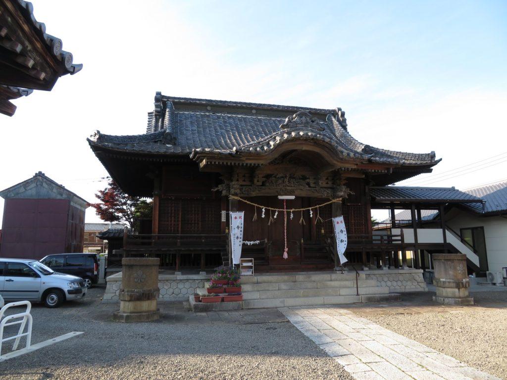 富岡諏訪神社社殿