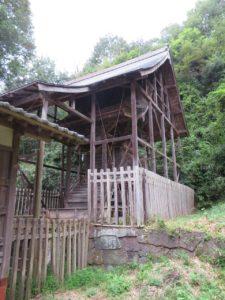 東條健代神社本殿