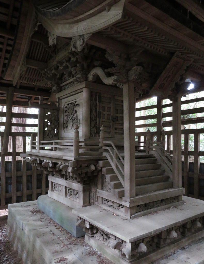 平塚八幡大神社本殿