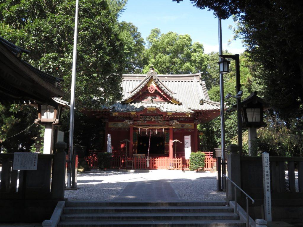 金鑚神社拝殿