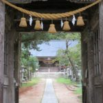 有明山神社(ありあけやまじんじゃ)拝殿と手水舎