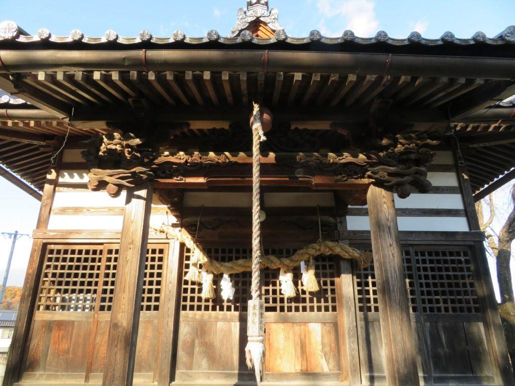 茂田井諏訪神社向拝