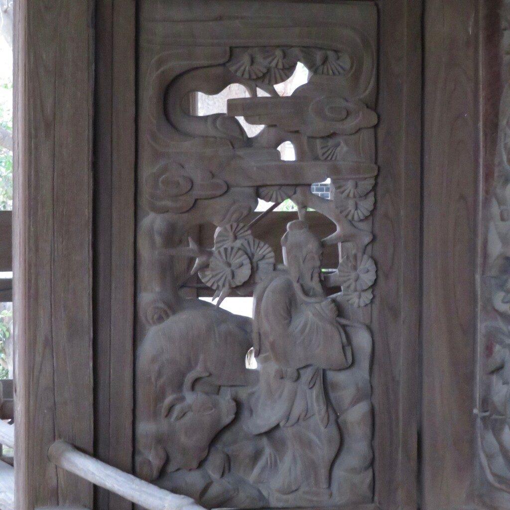 龍ヶ崎八坂神社脇障子