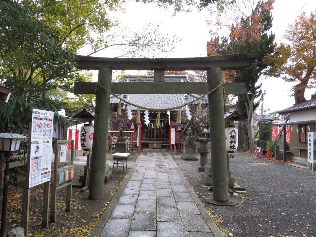 龍ヶ崎八坂神社鳥居