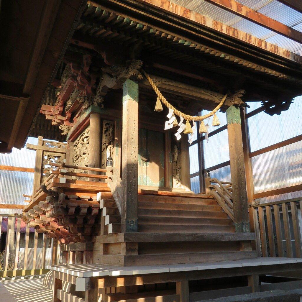 大桑神社本殿