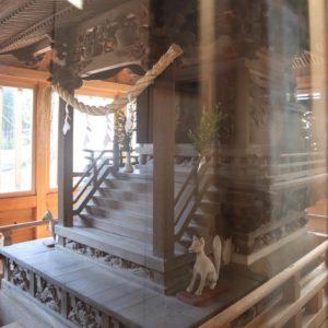 田中稲荷神社本殿
