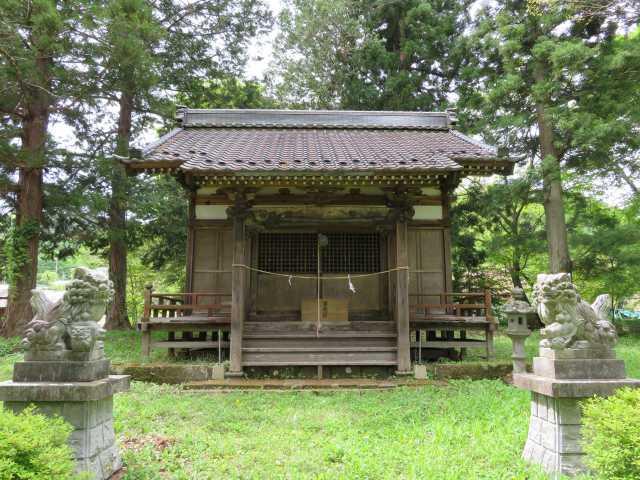 諏訪神社上社拝殿