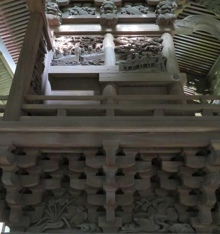 八條八幡神社左面