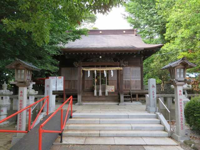 八條八幡神社拝殿
