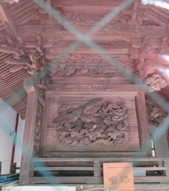 長倉神社御本殿左面