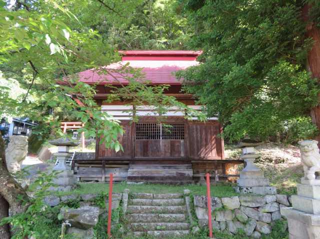 戸澤神社拝殿