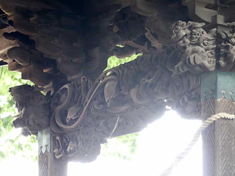 須賀神社御本殿水引虹梁
