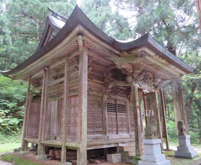 南部神社社殿