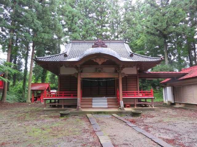 月夜野神社拝殿