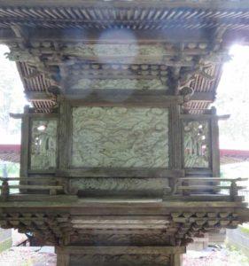 荘田神社御本殿背面