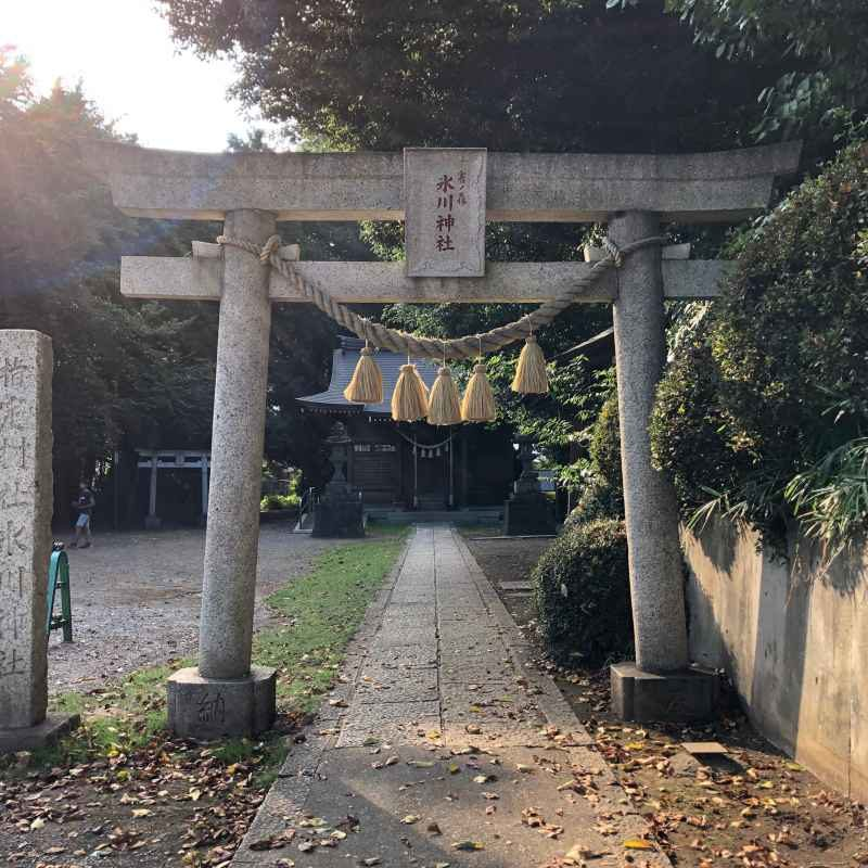雀の森氷川神社鳥居