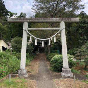 小梥神社鳥居