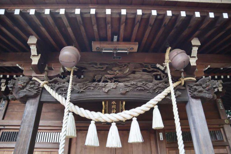 雀の森氷川神社拝殿向拝