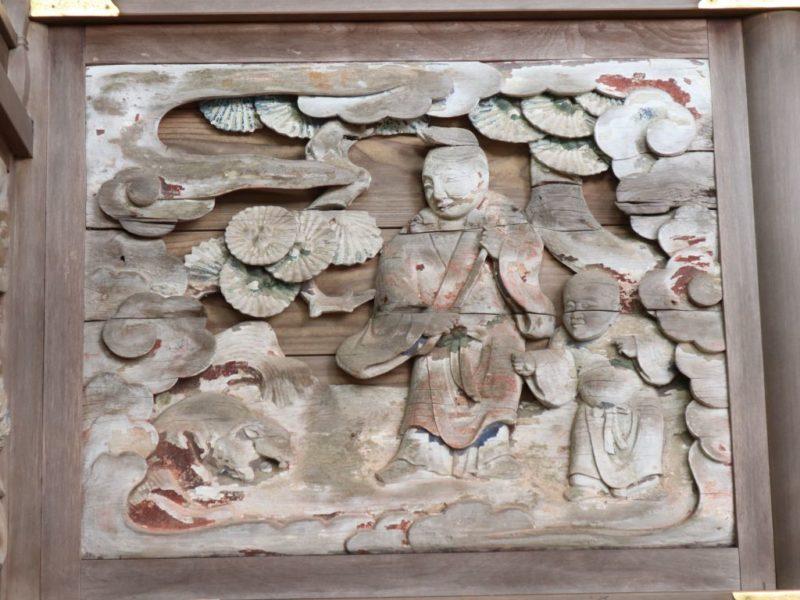 小梥神社御本殿左面胴羽目