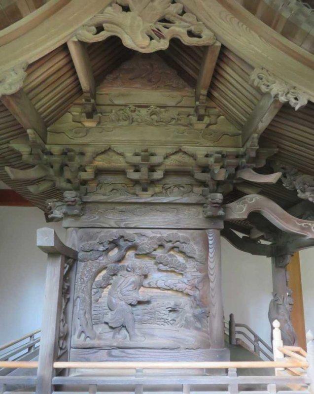 三嶋神社御本殿左面