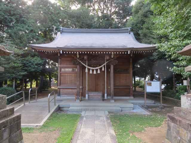 雀の森氷川神社拝殿