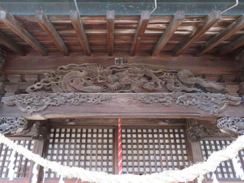 須影八幡神社向拝