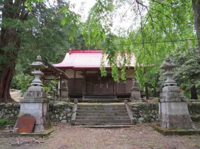 二渡神社拝殿