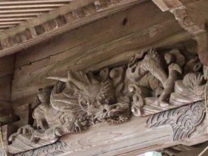 東蕗田天満社本殿向拝の龍