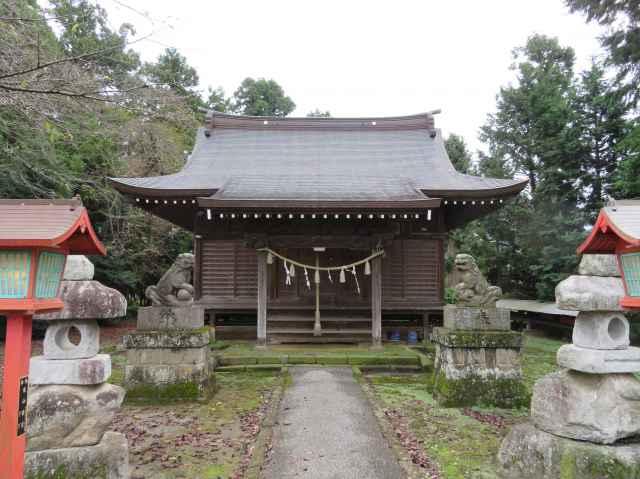 間中稲荷神社拝殿