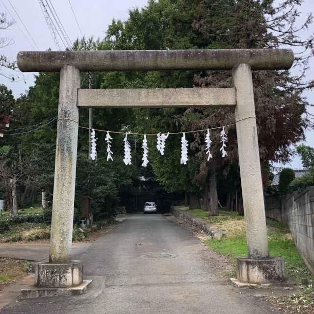 小谷田氷川神社鳥居