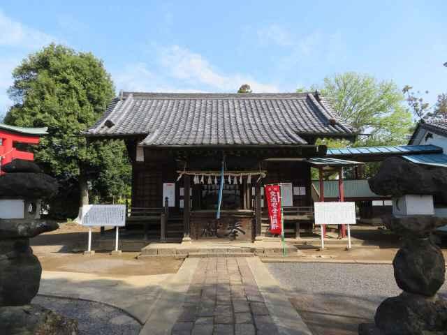 小泉神社拝殿