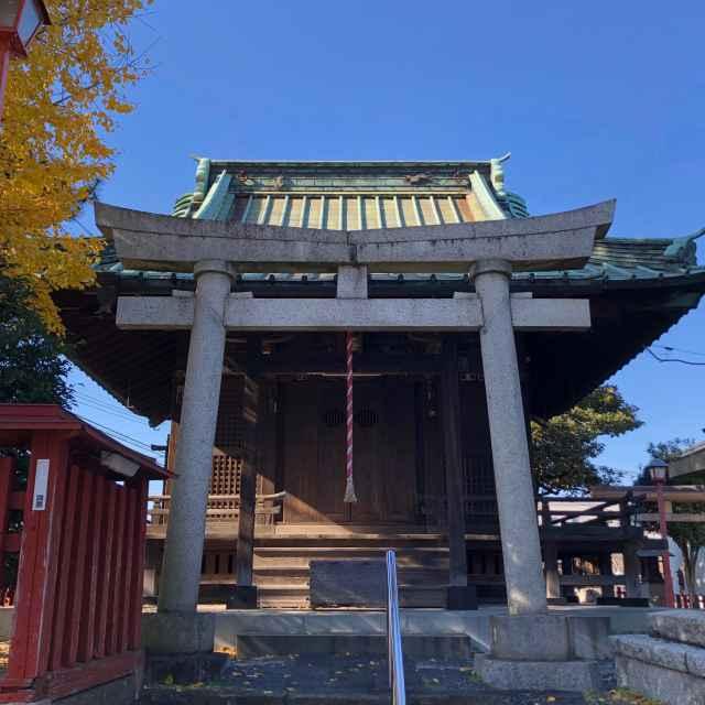 六塚稲荷神社鳥居