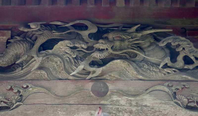 飯高神社拝殿向拝の龍