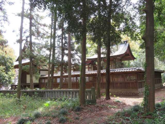 楡山神社社殿