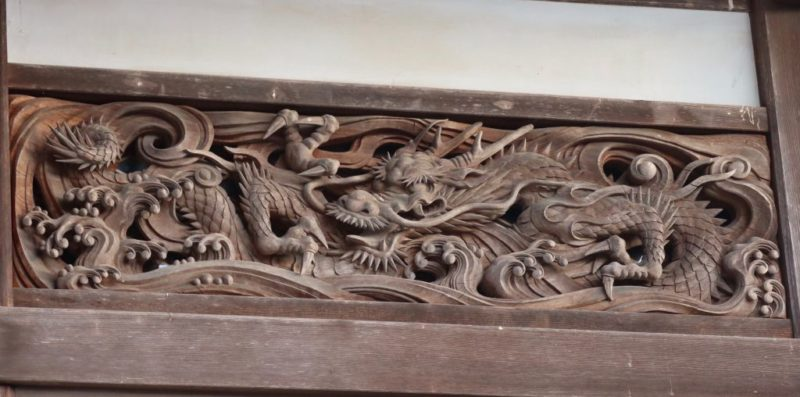 正面小壁の龍