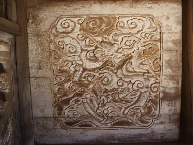 鹿島神社本殿左面胴羽目 龍