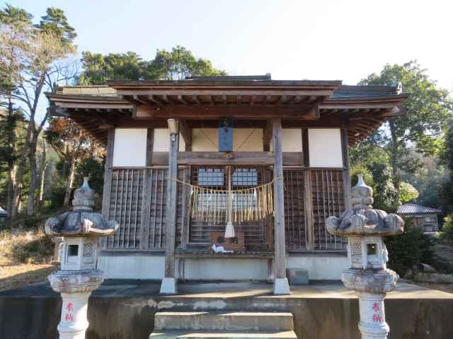 初酉神社拝殿
