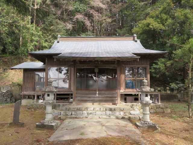 御榊山神社拝殿