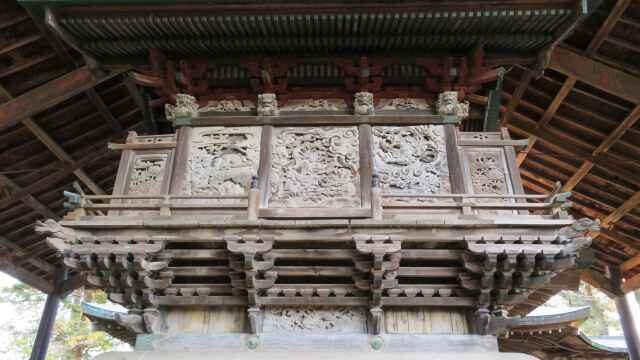 八坂神社御本殿覆屋(諏訪神社境内社)