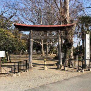 七本木神社鳥居