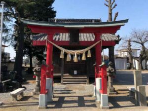 戸谷塚諏訪神社鳥居