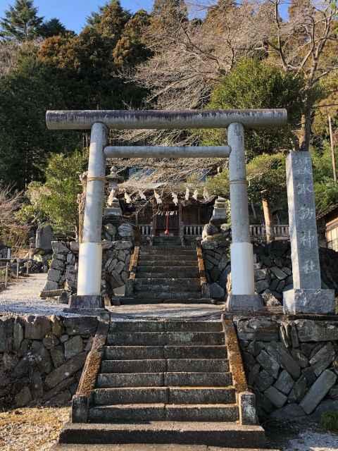 小坂諏訪神社鳥居