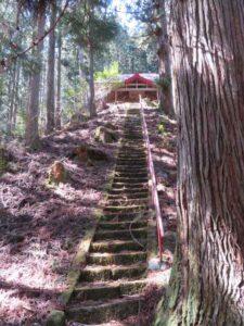 砥山神社参道階段
