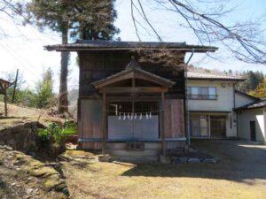 土生神社拝殿
