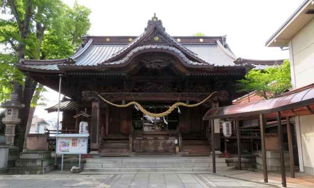 伊勢崎神社拝殿