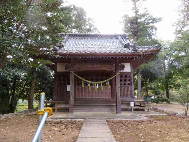 塩八幡神社拝殿